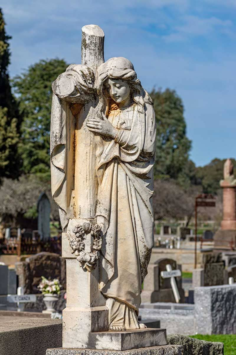 Beautiful Statue in Murchison Cemetery | Murchison Cemetery
